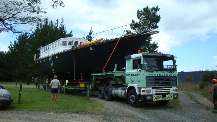 6 Sylfia hauling